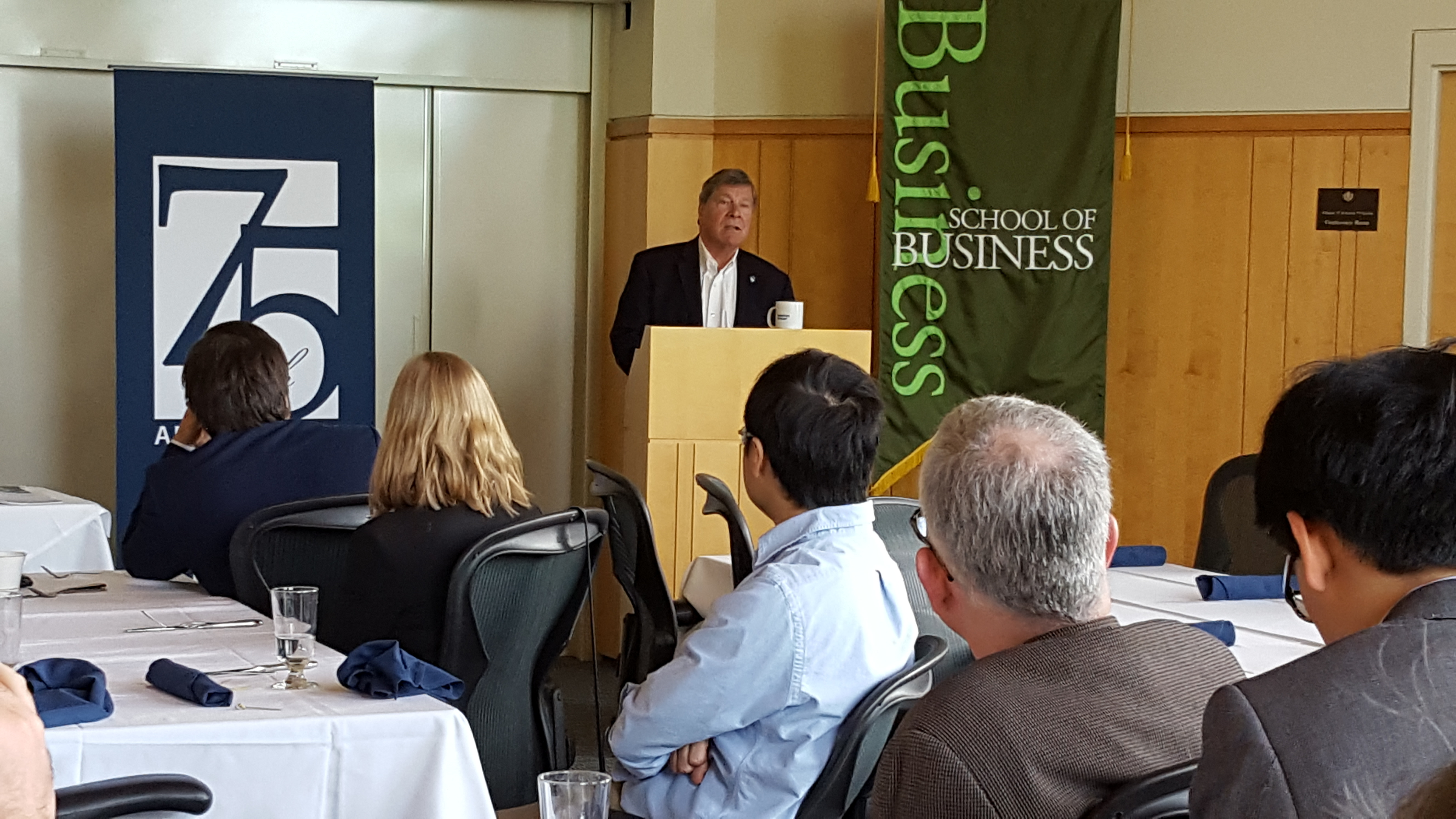 John Elliott, Dean of the UConn School of Business addresses the attendees of the Academic Risk Conference